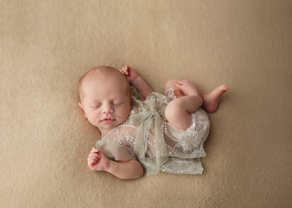neutral newborn photography buffalo ny