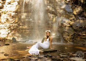 maternity-portrait-by-waterfall-buffalo-ny-by-portrait-pretty-photography