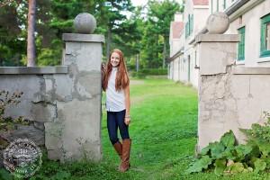 senior portraits at knox farm