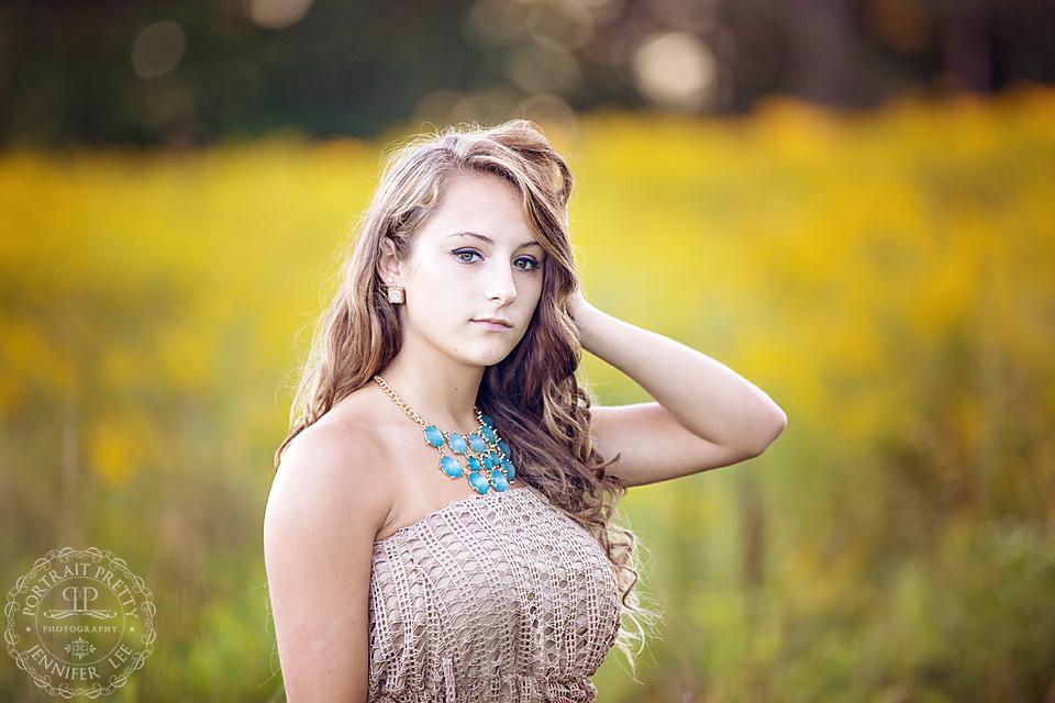 senior portraits flower gold grass