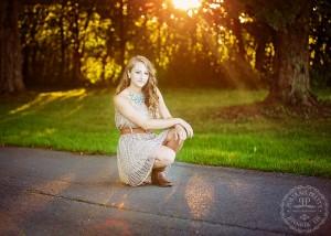 senior portraits knox farm sunset