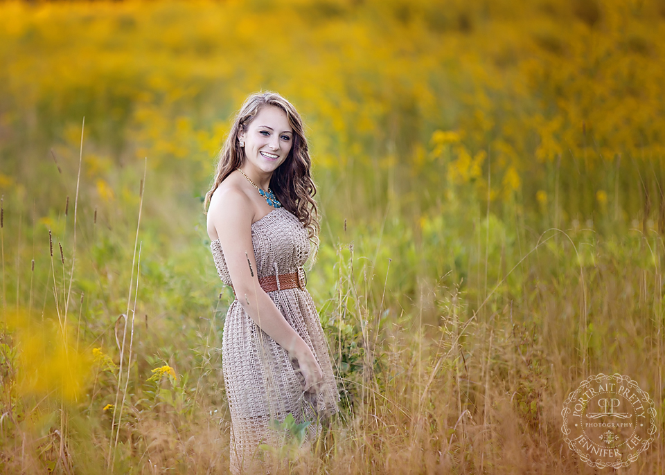 senior portraits tall golden grass knox farm