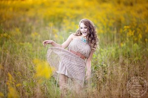 senior portraits tall golden grass wny