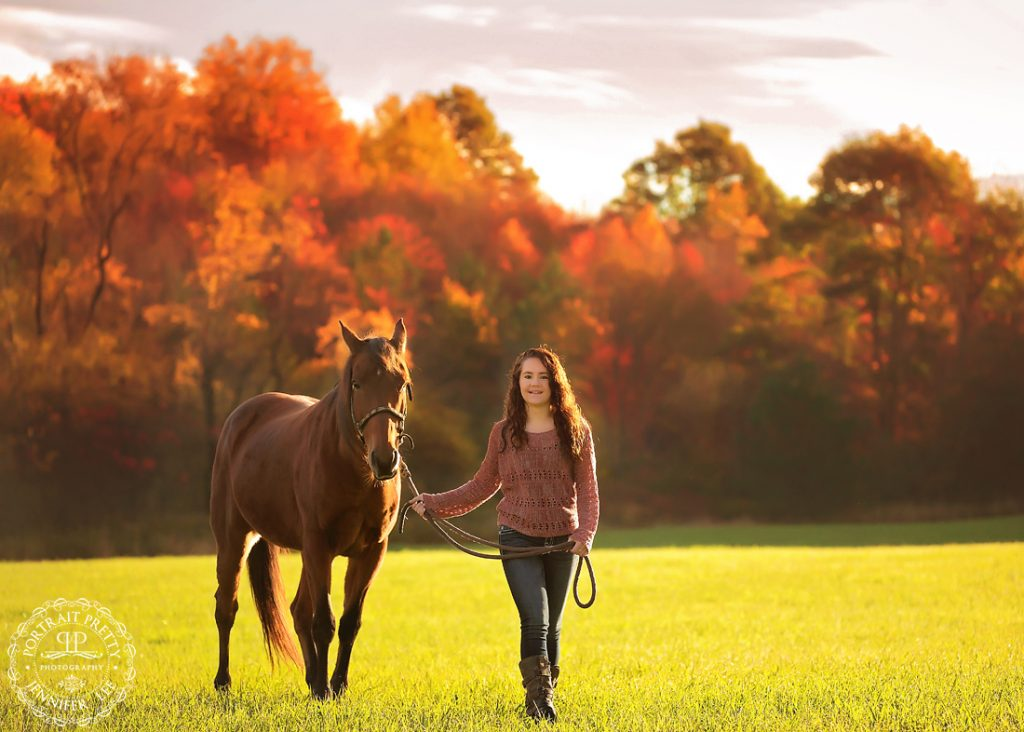 High school senior portraits with horse by buffalo photographers portrait pretty photography