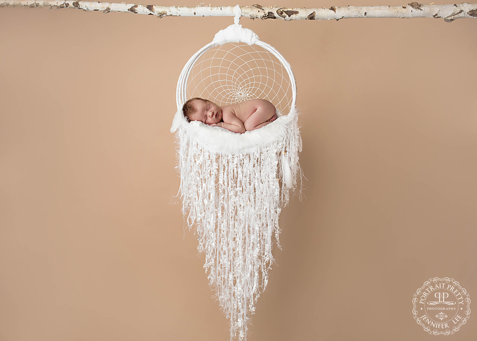 newborn-baby-in-dreamcatcher-by-buffalo-ny-photographer